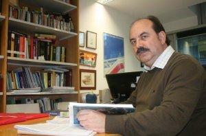 Josep-Eladi-Banos-es-profesor-_54367766166_53389389549_600_396